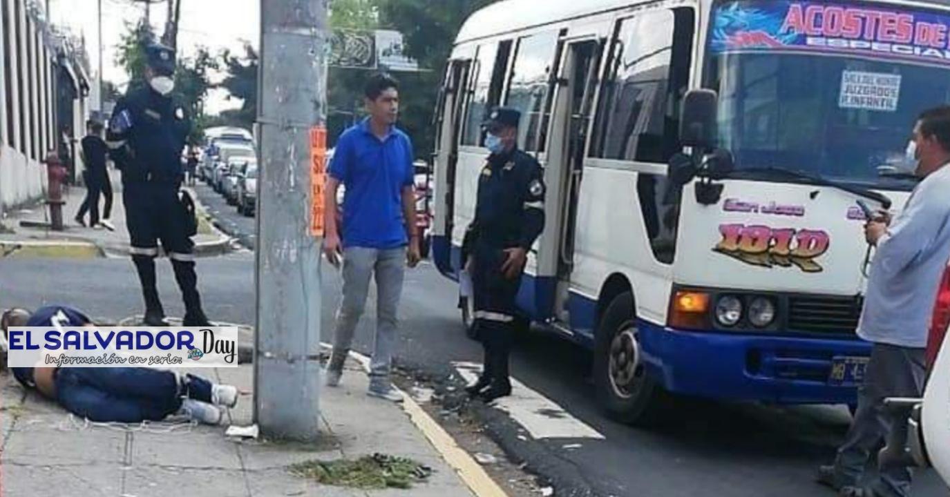 Pasajero de 20 años muere acribillado en un autobús de la ruta 101D